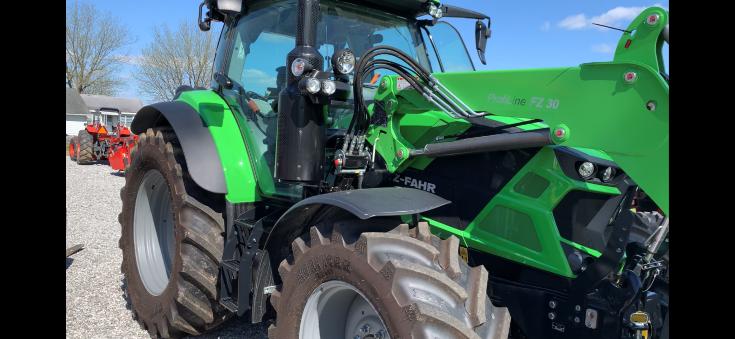 Deutz-Fahr 6140 TTV Utility Tractor