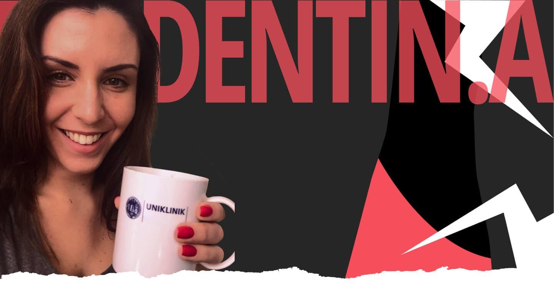 Dr. Tina Draheim mit Kaffeetasse