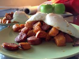 FRIED EGGS WITH SWEET POTATO HASH