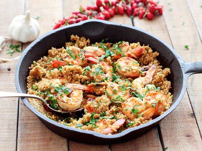 Macro Monday Recipe - Spicy Garlic Shrimp & Quinoa