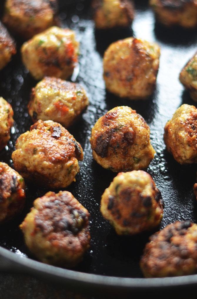 CrossFit Soda City Macro Monday Recipe - Sundried Tomato Basil Chicken Meatballs