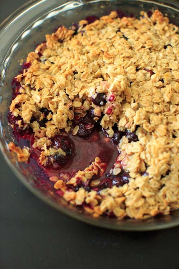 CrossFit Soda City Macro Monday Recipe Blueberry Crisp Crumble
