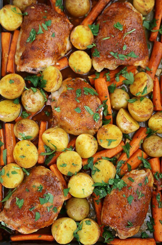 CrossFit Soda City Macro Monday Recipe - Garlic Ranch Roasted Chicken and Veggies