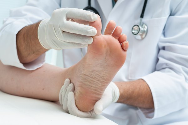 Effective Natural Ways to Treat Fungal Nails
