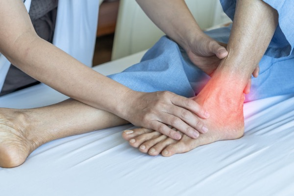 Tendon Rupture: What Are the Signs and Symptoms?