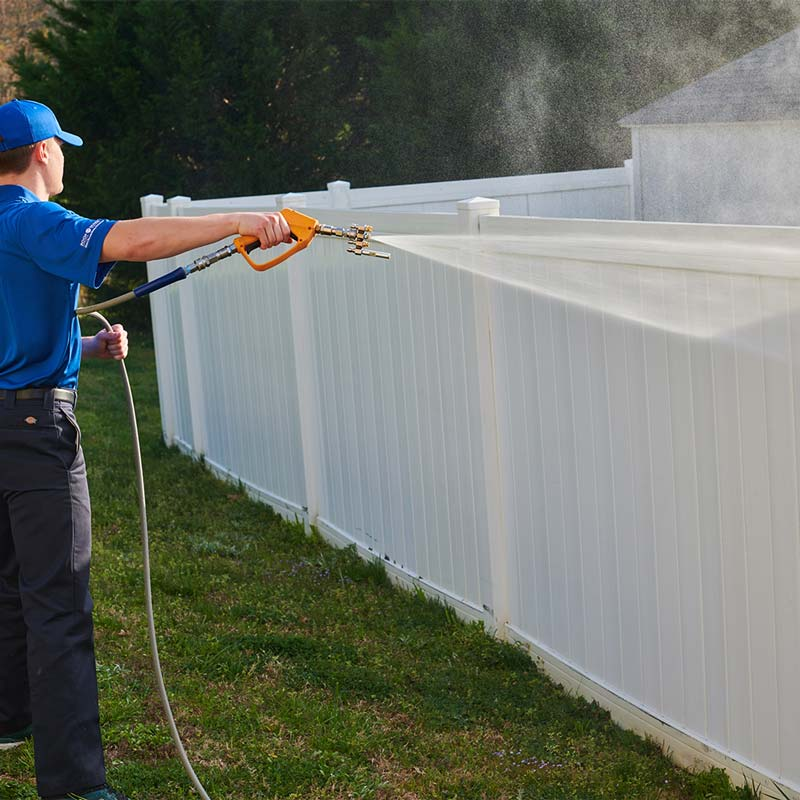 Fence cleaning in Charlotte, NC