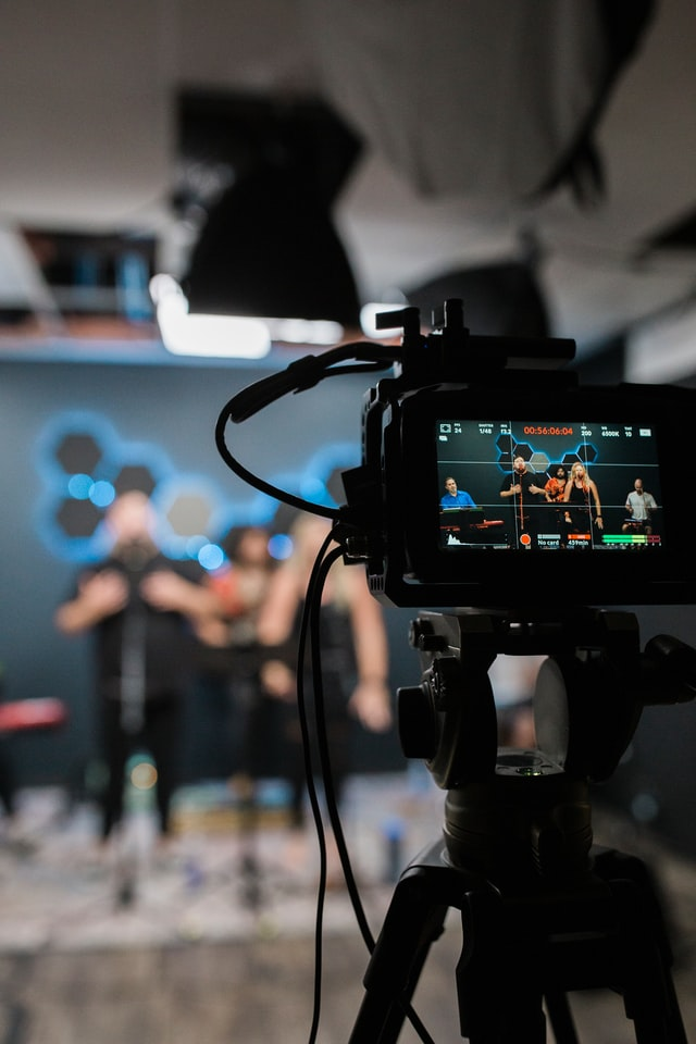 From live-action commercials to interviews, green-screen, case studies, sizzle reels, to virtual conference presentations, Pinch Media does it.
