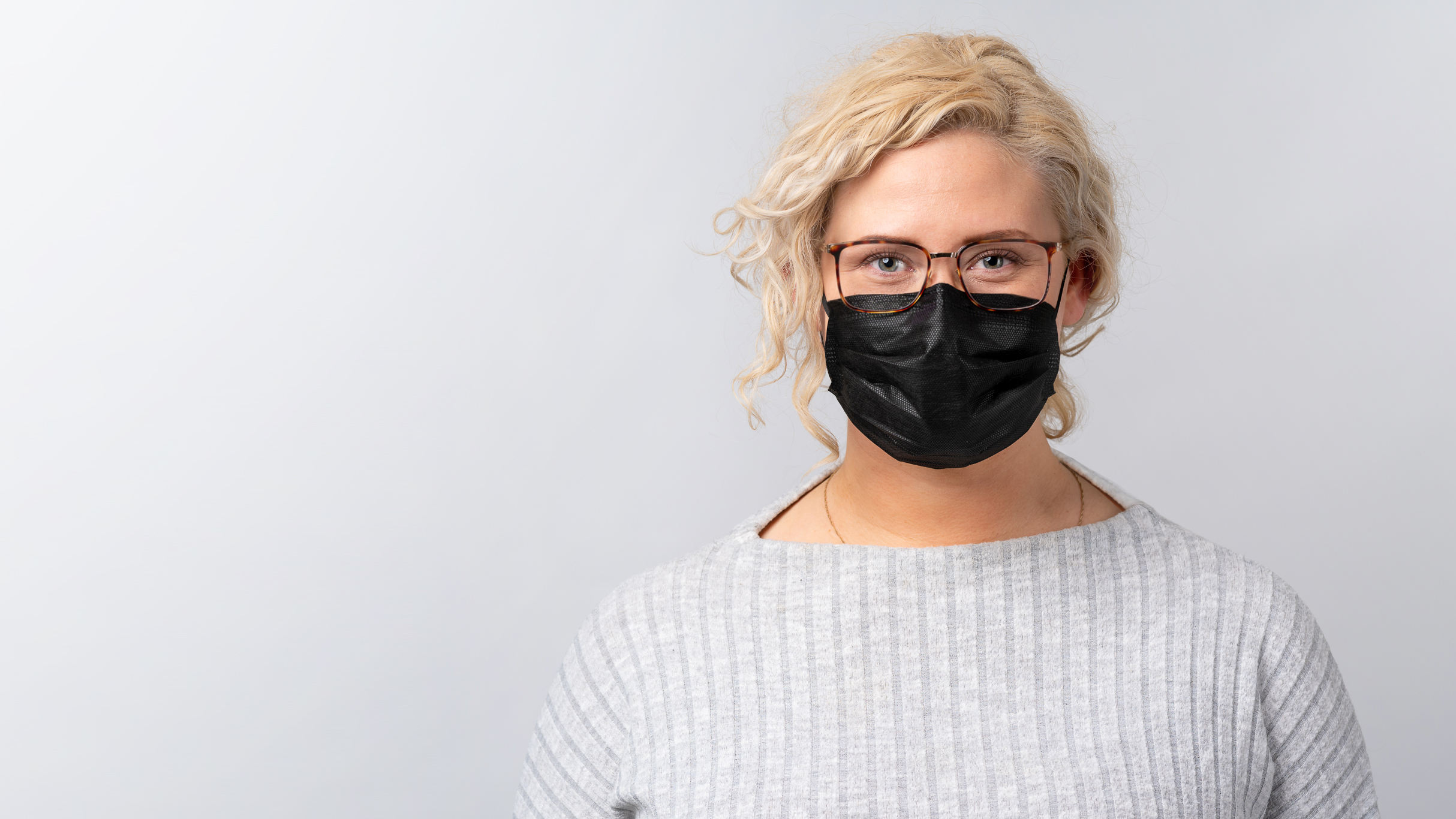 Surgical Face Mask Type IIR - 1096