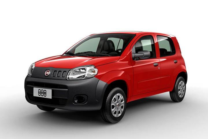 Fiat Uno Vivace vermelho em fundo infinito branco