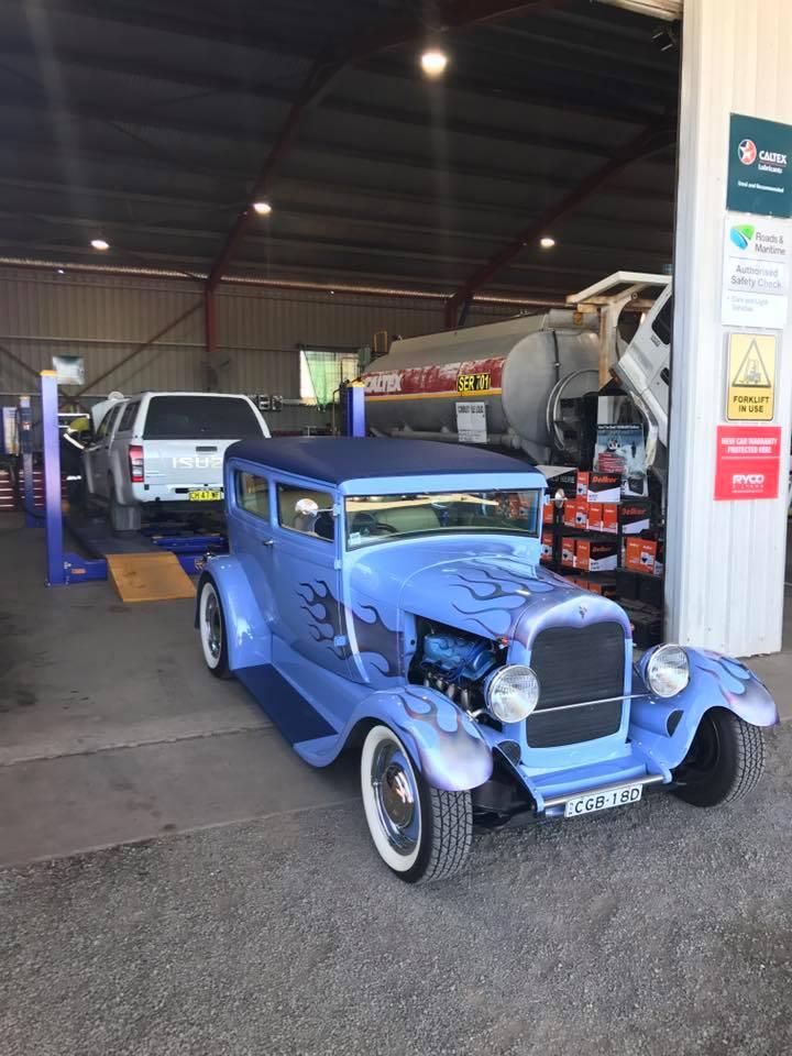 Ligh Vehicle parked on aztech repair shop