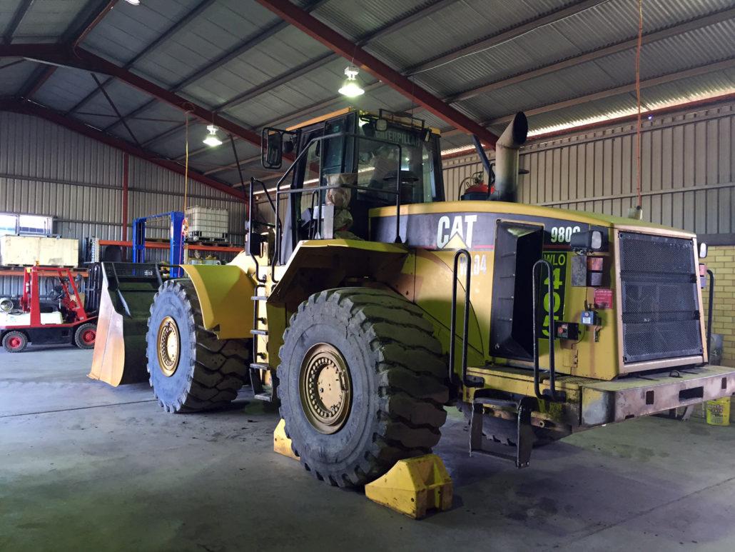 Aztech CAT wheel dozer vehicle for repair