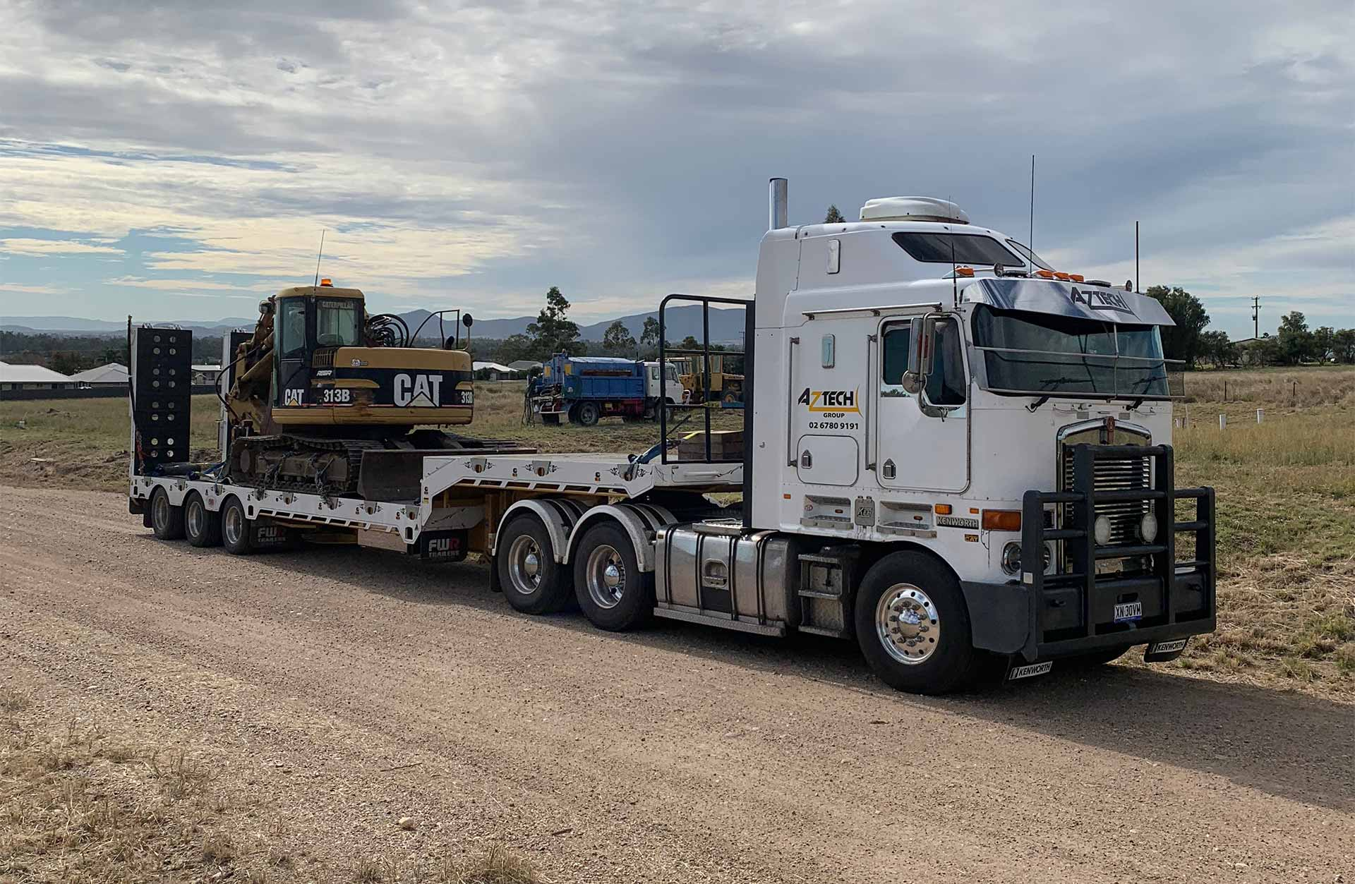 Aztech 24 wheelr truck with CAT 313B