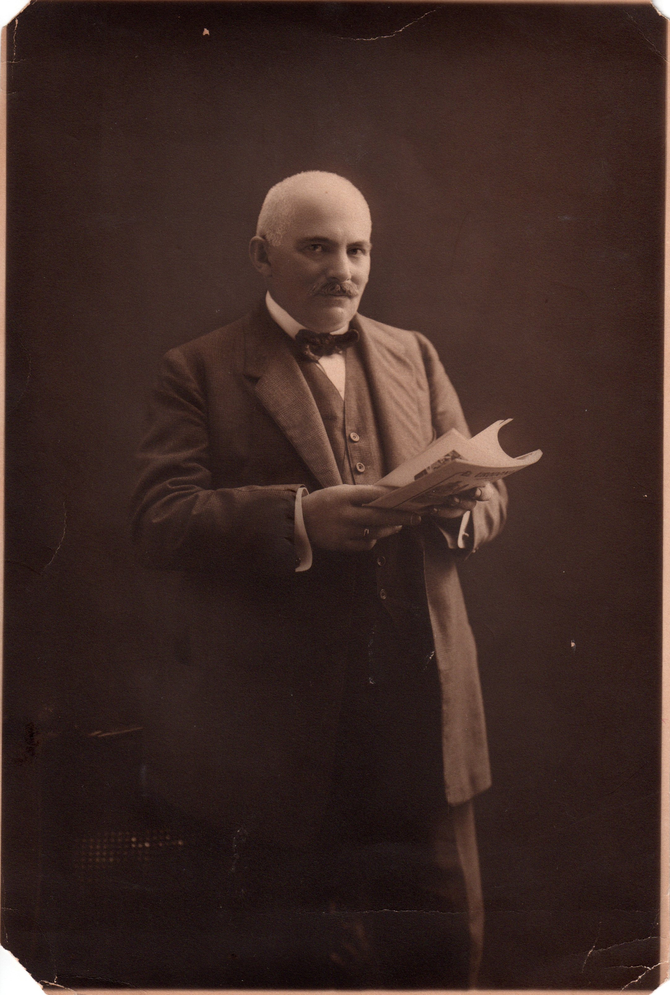 Arnold Bachwitz, founder of the Palais des Beaux Arts Wien, portrait from ca. 1915