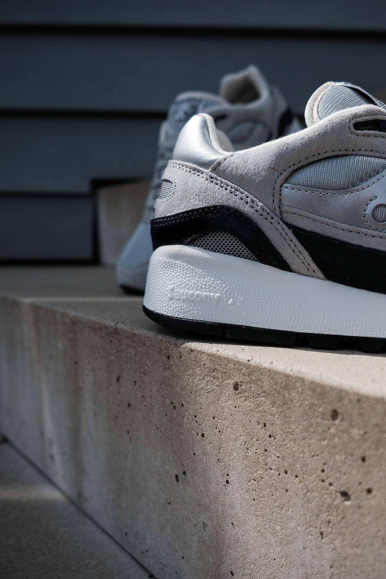 heel details - Saucony Originals Shadow 6000 - silver/grey - S70441-7