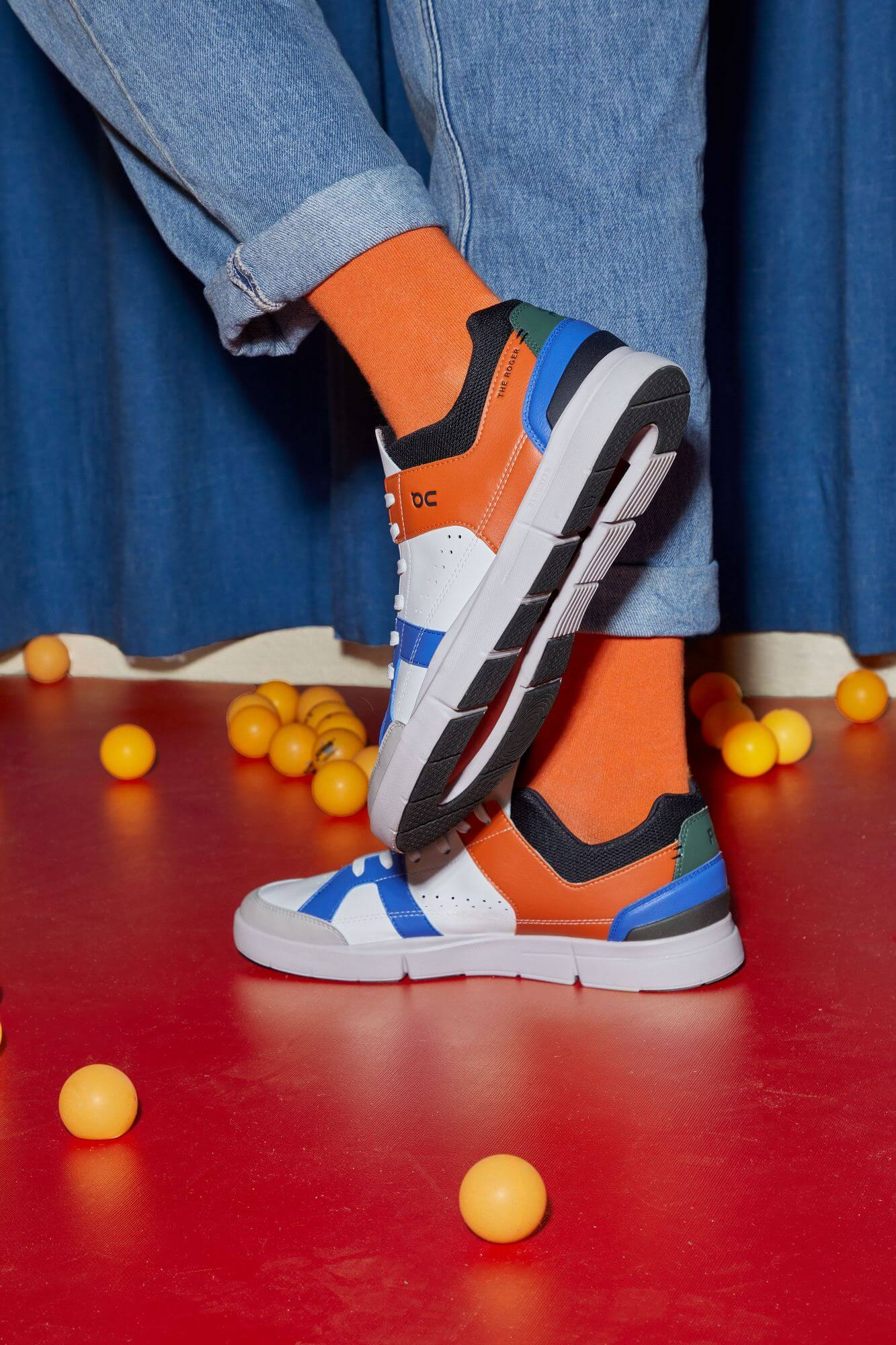 photo on feet - On - THEROGERClubhouse Reloaded