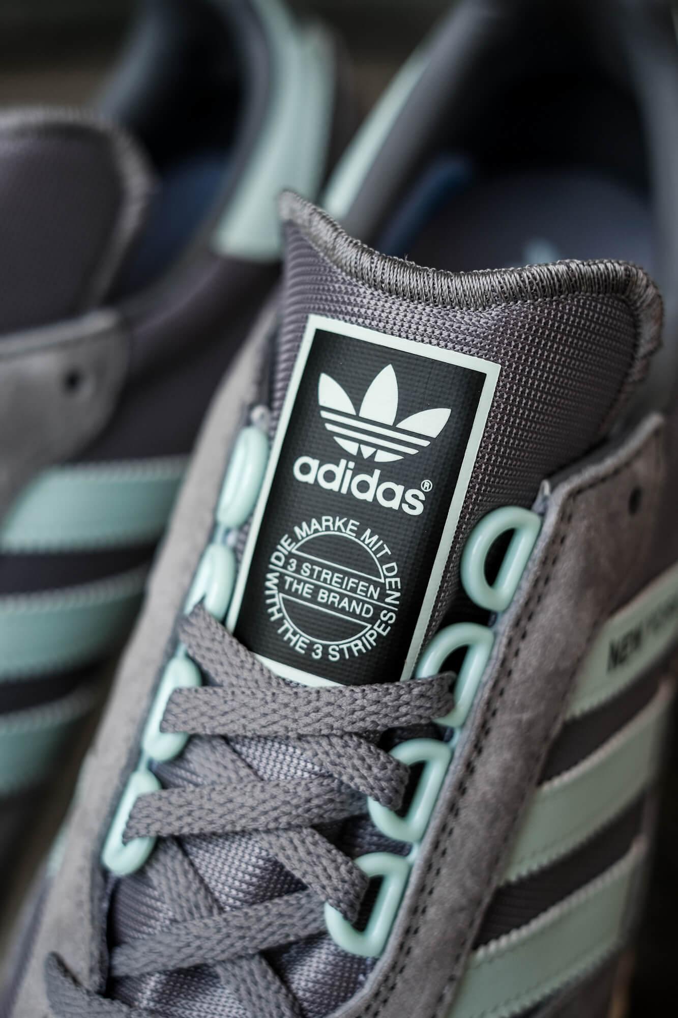 "tongue logo trefoil - on feet photo of the adidas - New York ""almost"" OG - grey/halo blush/core black - GY0234"