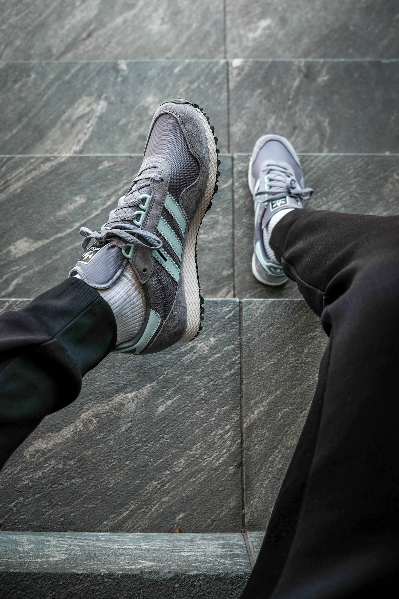 """on feet photo on feet photo of the adidas - New York """"almost"""" OG - grey/halo blush/core black - GY0234"""
