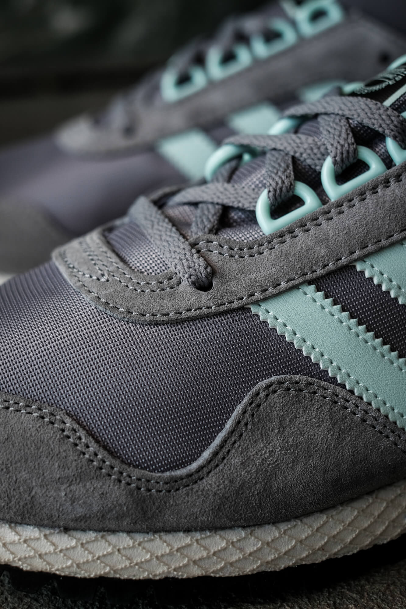 """on feet photo of the adidas - New York """"almost"""" OG - grey/halo blush/core black - GY0234 - toe box details"""