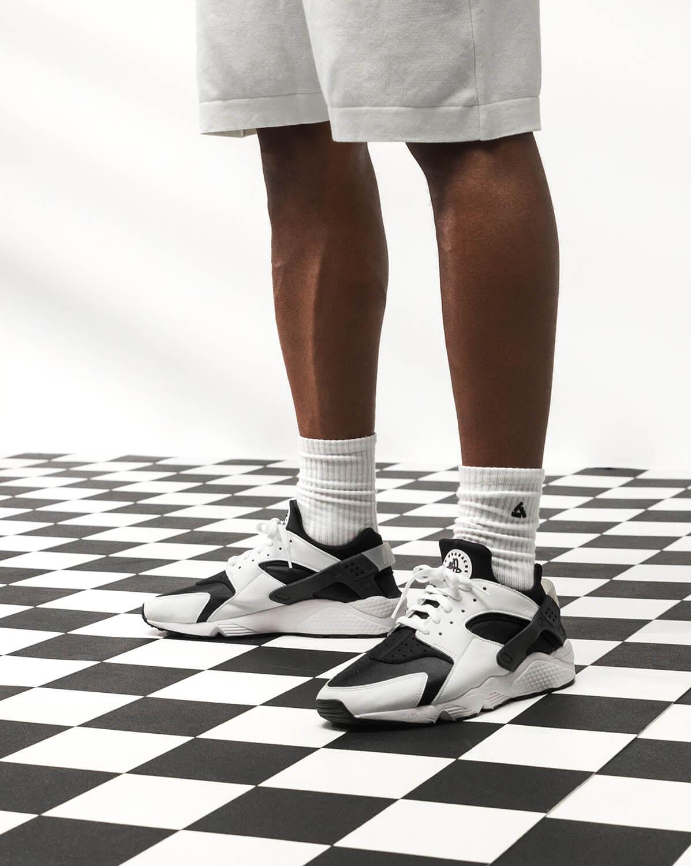 """Nike Air Huarache OG """"Orca"""" - black/white/black - DD1068-001"""