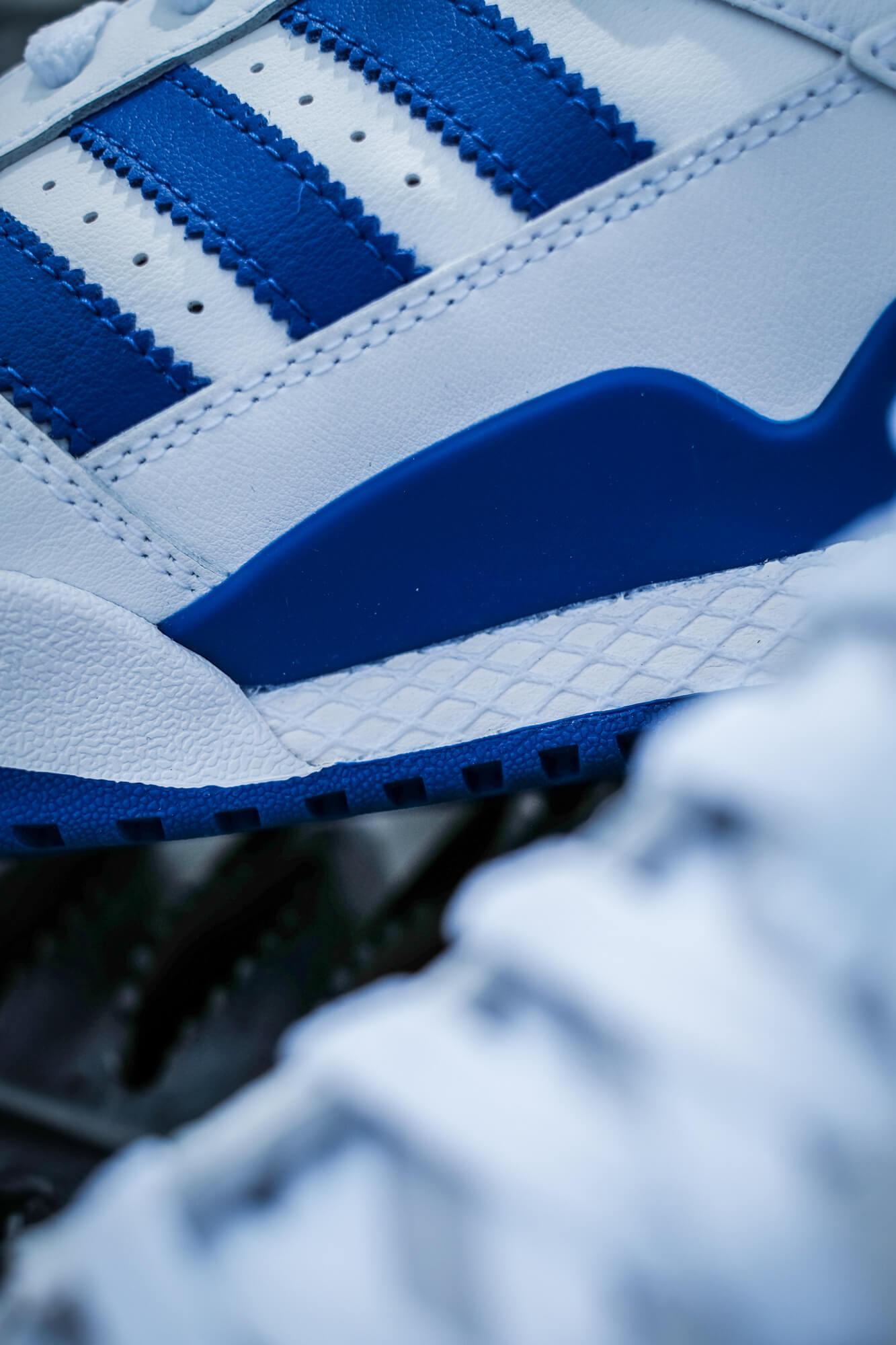 adidas dellinger web am adidas Forum Mid - cloud white/royal blue/cloud white - FY4976
