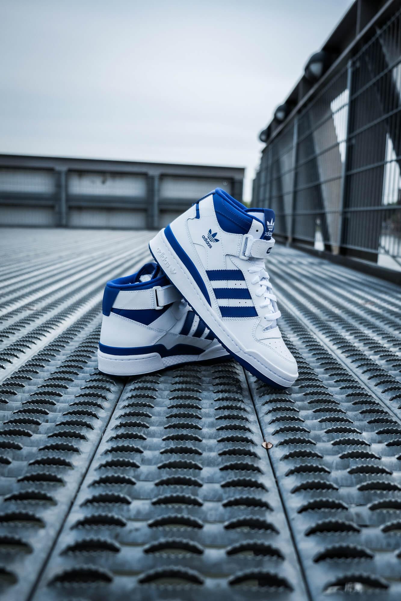 adidas Forum Mid - cloud white/royal blue/cloud white - FY4976