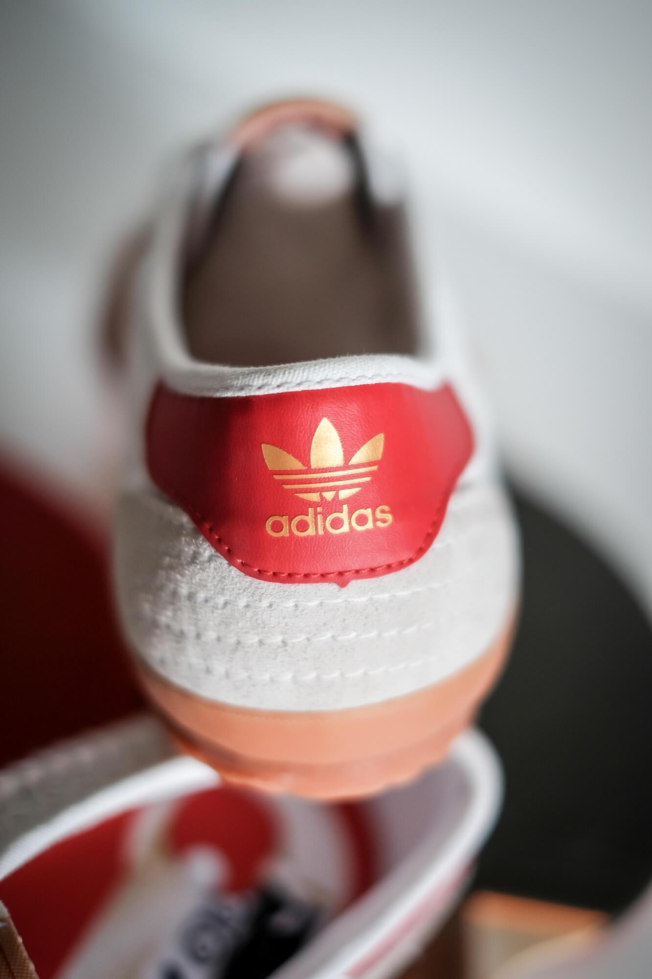 golden trefoil on red heel tab: adidas - Tischtennis - footwear white/team college red/core white - H01796