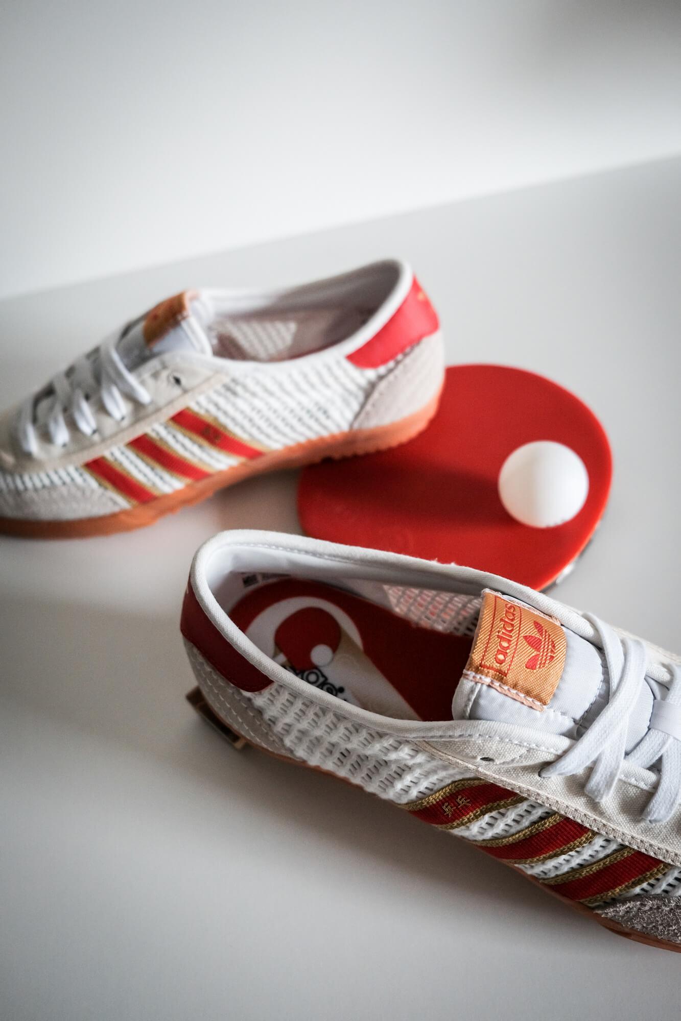table tennis nostalgia with the adidas adidas - Tischtennis - footwear white/team college red/core white - H01796