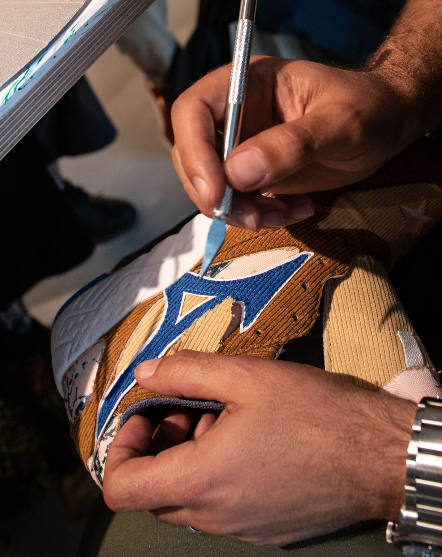 sneaker customizing - close-up scalpel