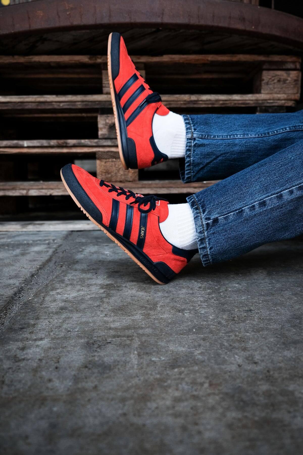 adidas Originals - Jeans - red/collegiate navy/gold metallic - GX7649
