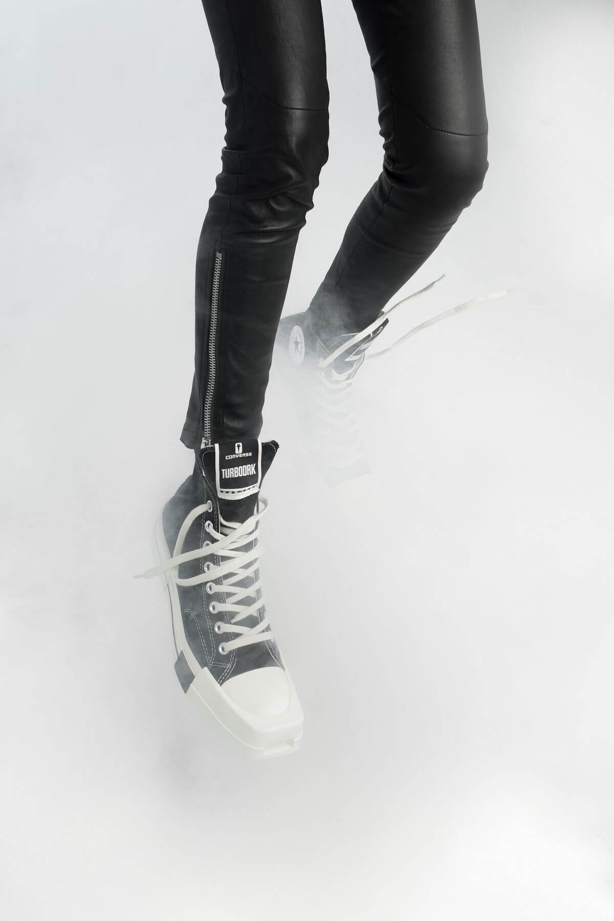 Converse x Rick Owens - DRKSHDW - TurboDark Chuck 70 Low white and High black