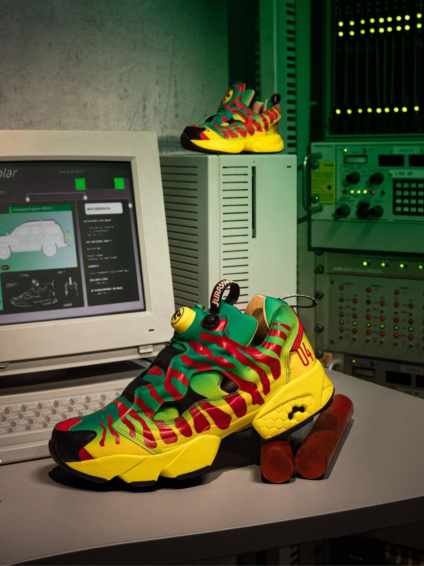 Reebok x Jurassic Park - Instapump Fury - green/yellow/red-black - GW0212
