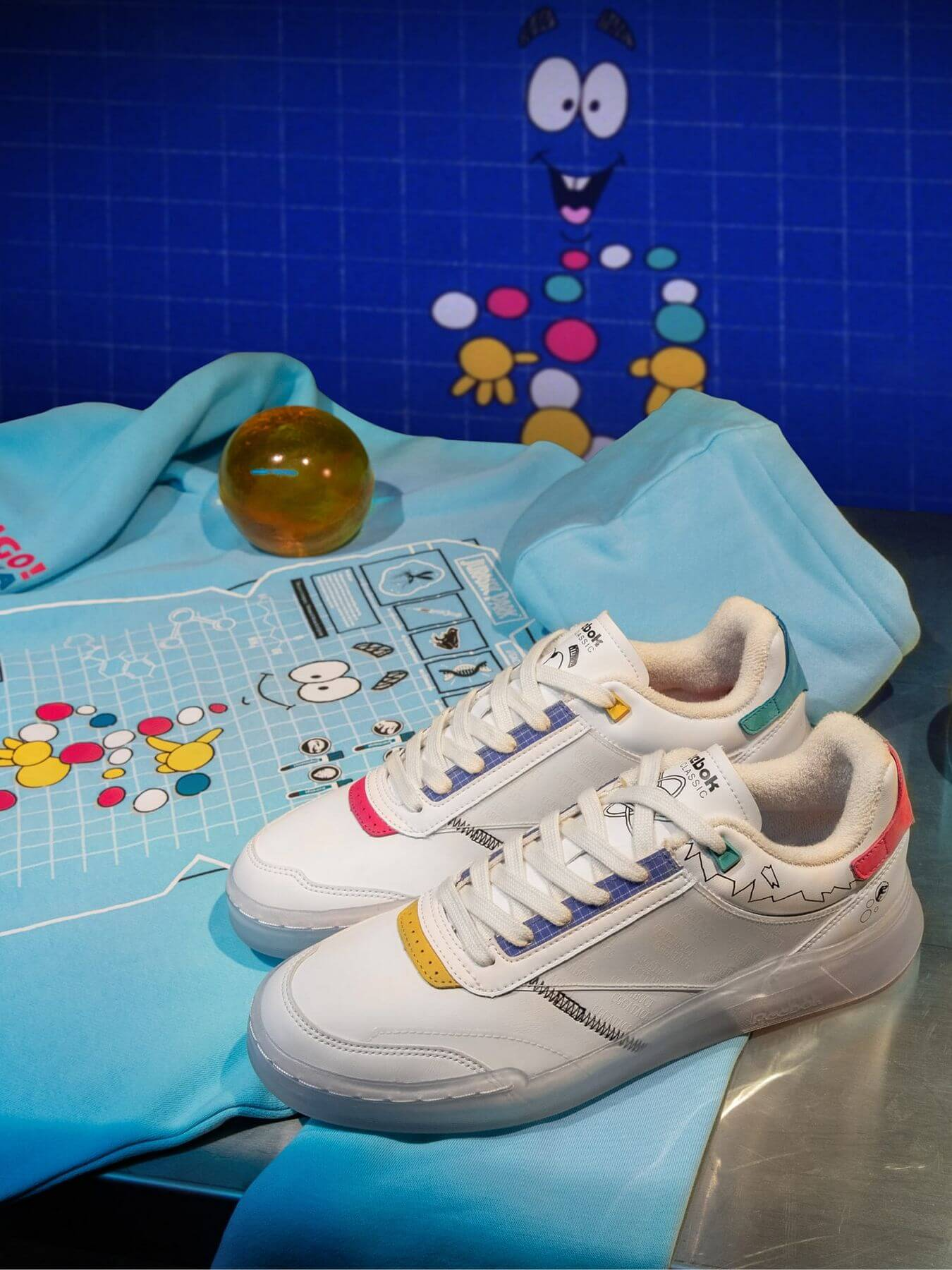 Reebok x Jurassic Park - Club C Legacy - footwear white/clasisc white/black - GY0856