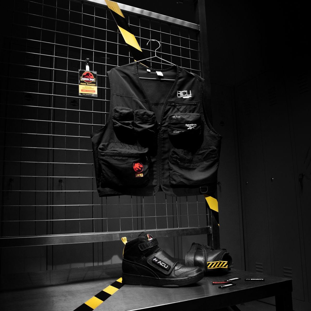 Jurassic Park - Jurassic Stomper - coal/black/blaze yellow - GX5412