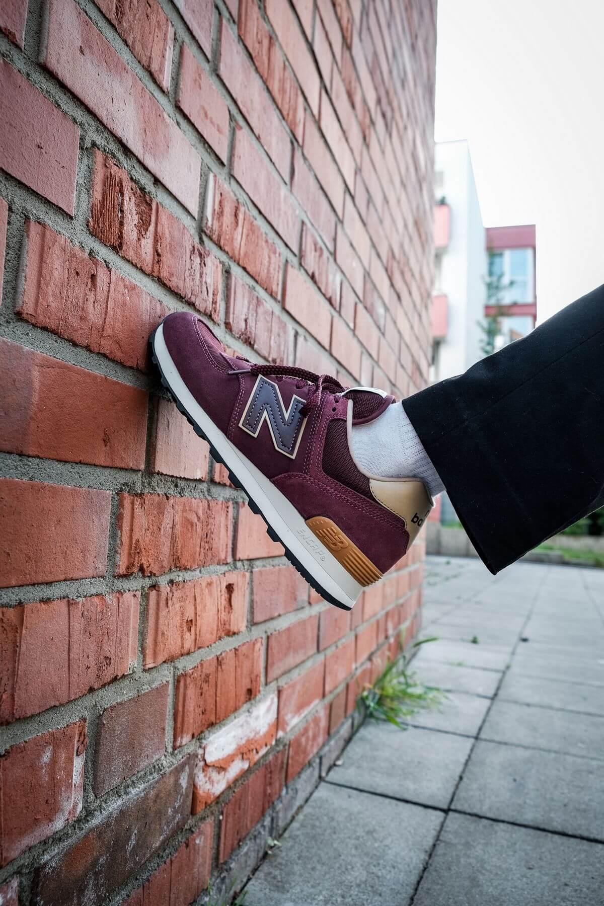 on feet - New Balance - 574 History Class Pack - ML574BG2 - burgundy