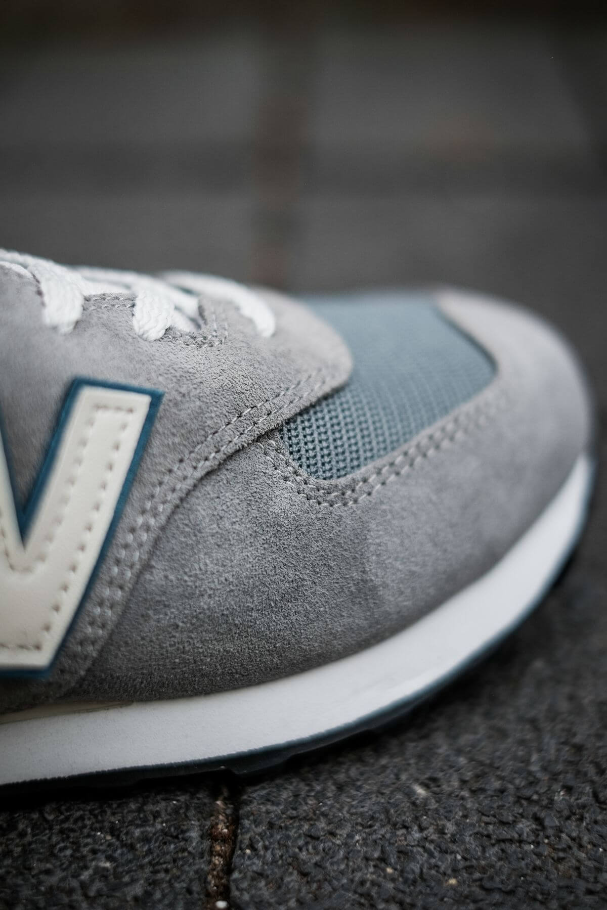 the toebox of the New Balance - 574 History Class Pack - ML574BA2 - grey