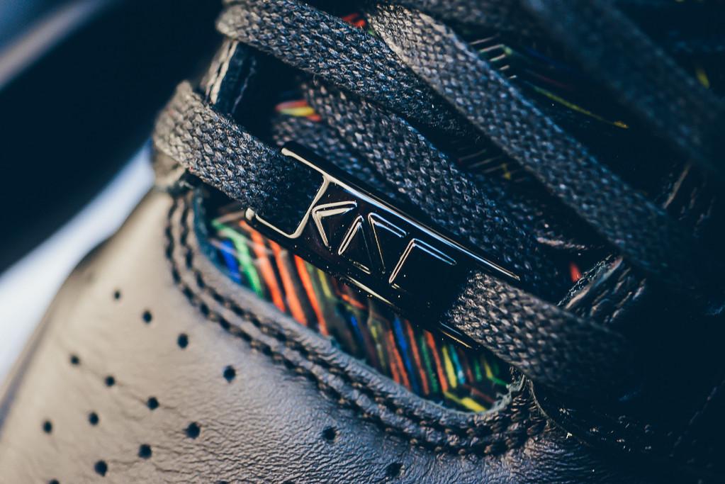 toe box details lace jewel - Nike Air Jordan 1 Retro High - Nouveau BHM /Black History Month - black/white/voltage green - 836749-045