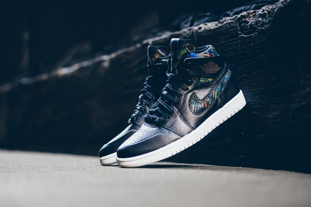 Nike Air Jordan 1 Retro High - Nouveau BHM /Black History Month - black/white/voltage green - 836749-045