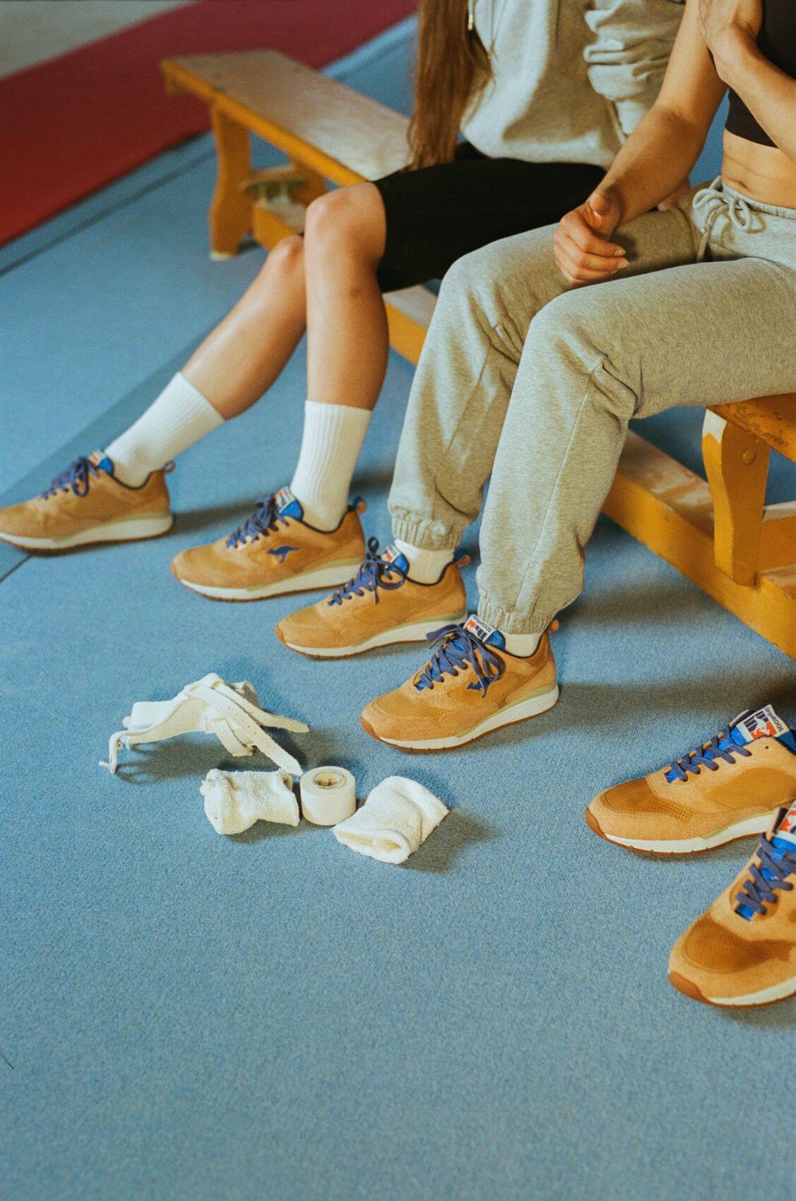 on feet photos of the KangaROOS x DTB(Deutscher Turner-Bund) - The DTB - brown/blue