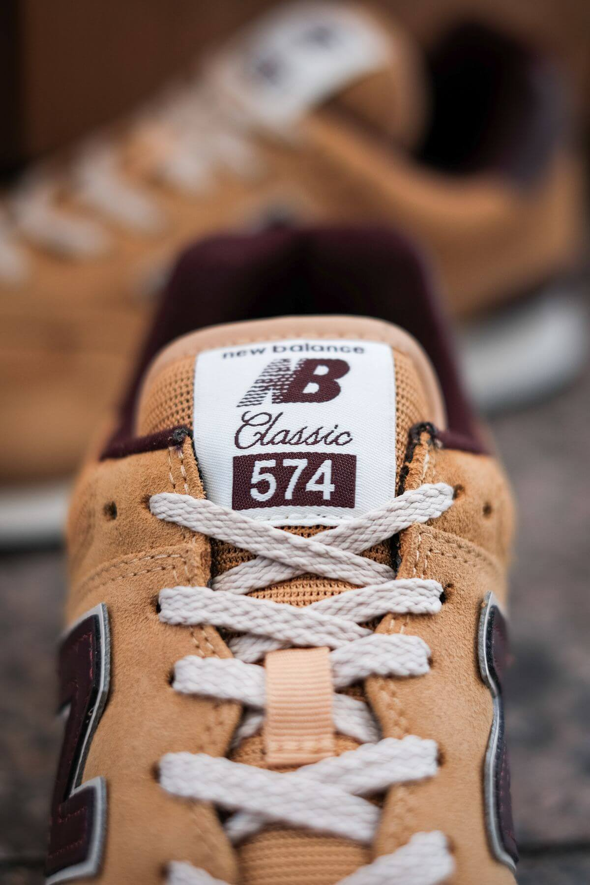 tongue details of the New Balance - 574 History Class Pack - ML574BF2 - brown