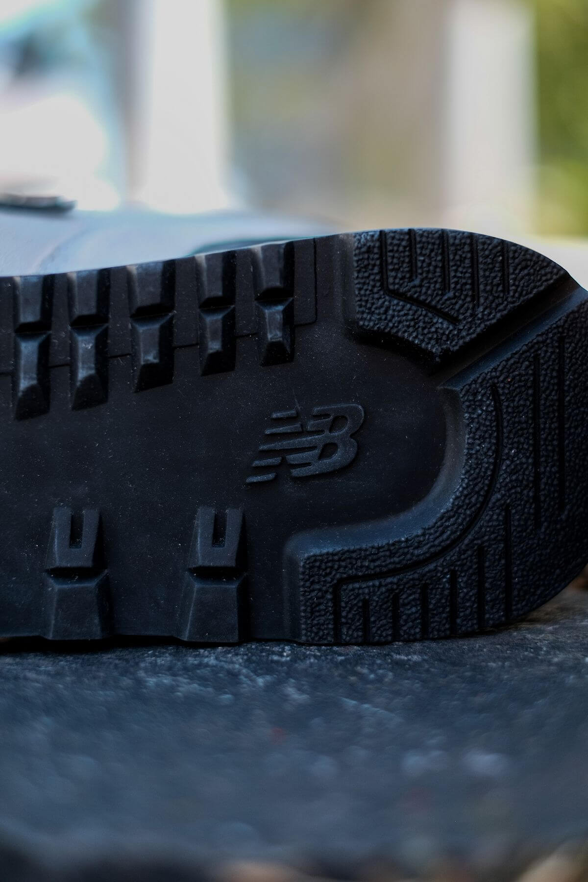 outsole of the New Balance - 574 History Class Pack - ML574BH2 - white/navy