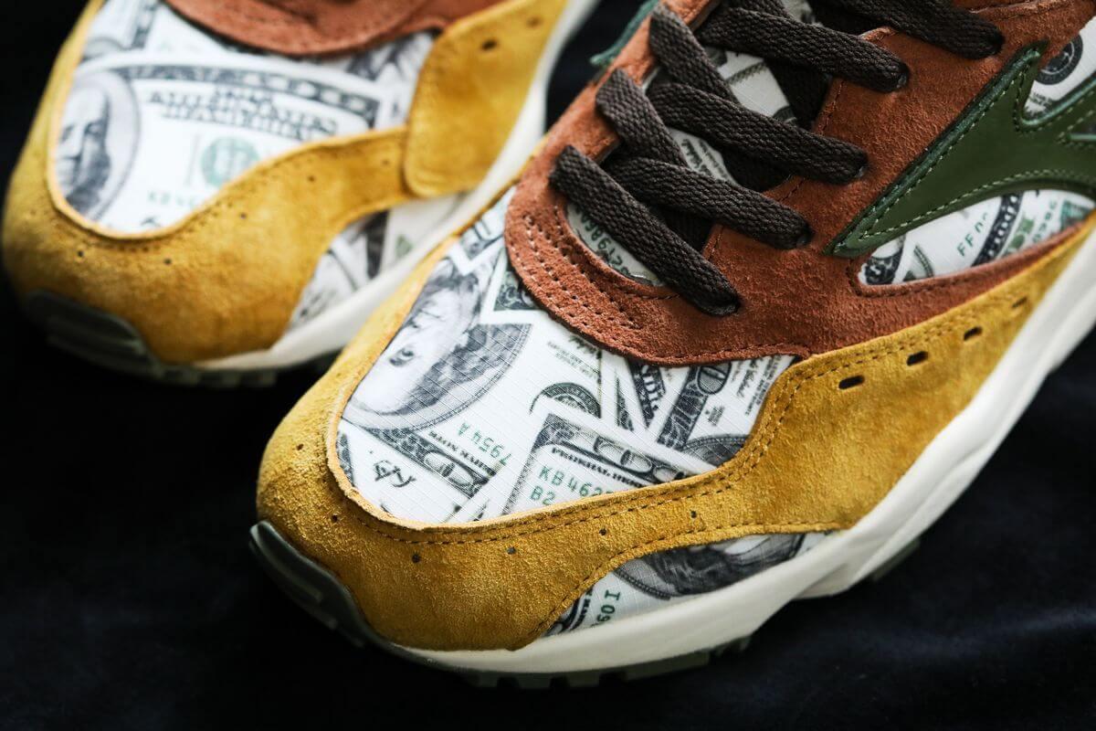 "Mizuno x 24Karats x Mita Sneakers Contender ""Dollar Bill"""