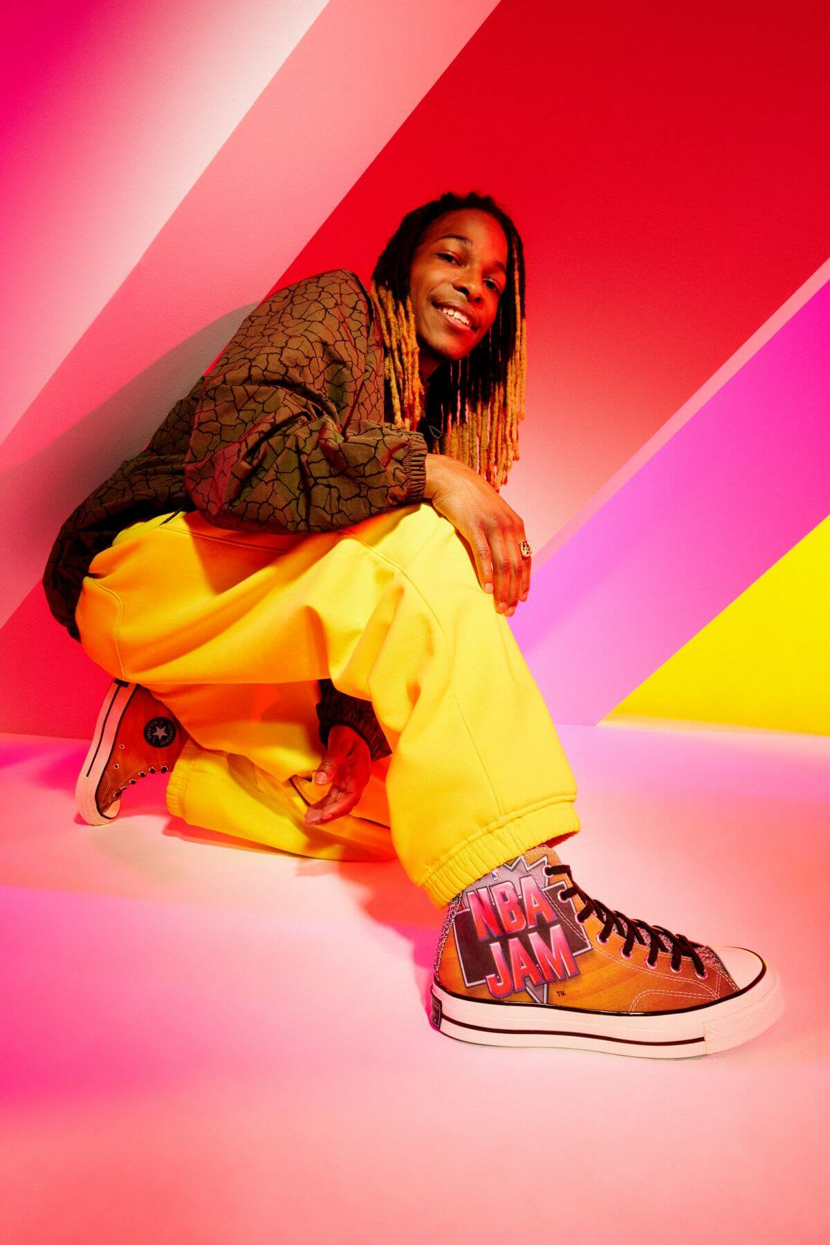 on feet photo - Converse x NBA Jam - Chuck 70 - brown/solar red/electric aqua - 171692C