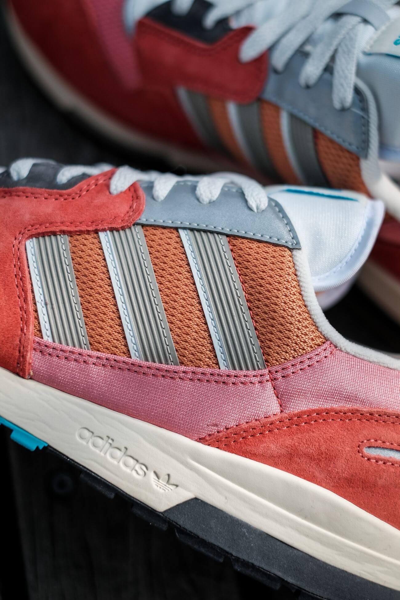 das drei streifen logo - adidas - ZX 420 - crew red/ambient blush/cream white - H02128