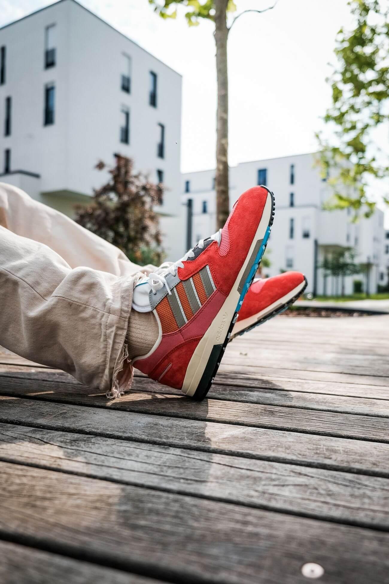 on feet  adidas ZX 420 crew red/ambient blush/cream white H02128