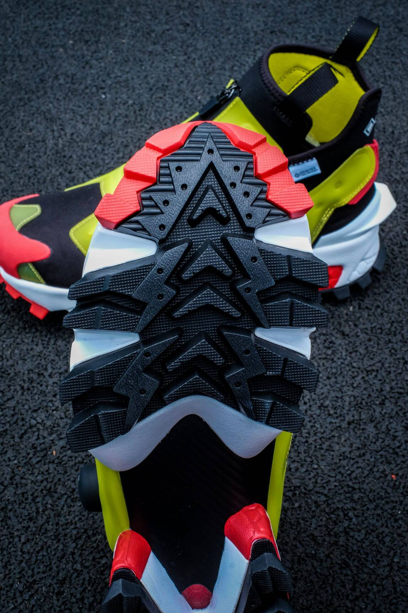 outsole details of the Reebok - Insta Pump Fury OG Hi Gore-Tex Infinium - black/acid yellow/vector red - S23866