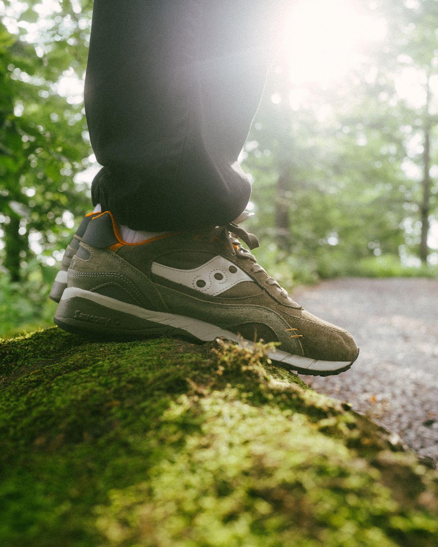 "on feet - Saucony - Shadow 6000 - ""DestinationUnknown"" - olive/orange - S70587-1"