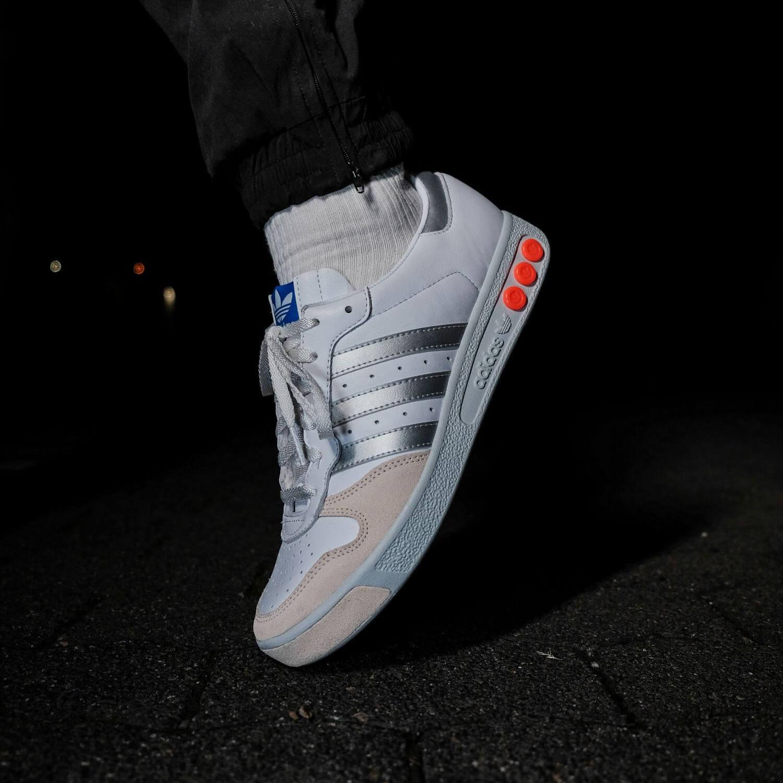 on feet - adidas - G.S. - cloud white/silver metallic/wonder white- H01818