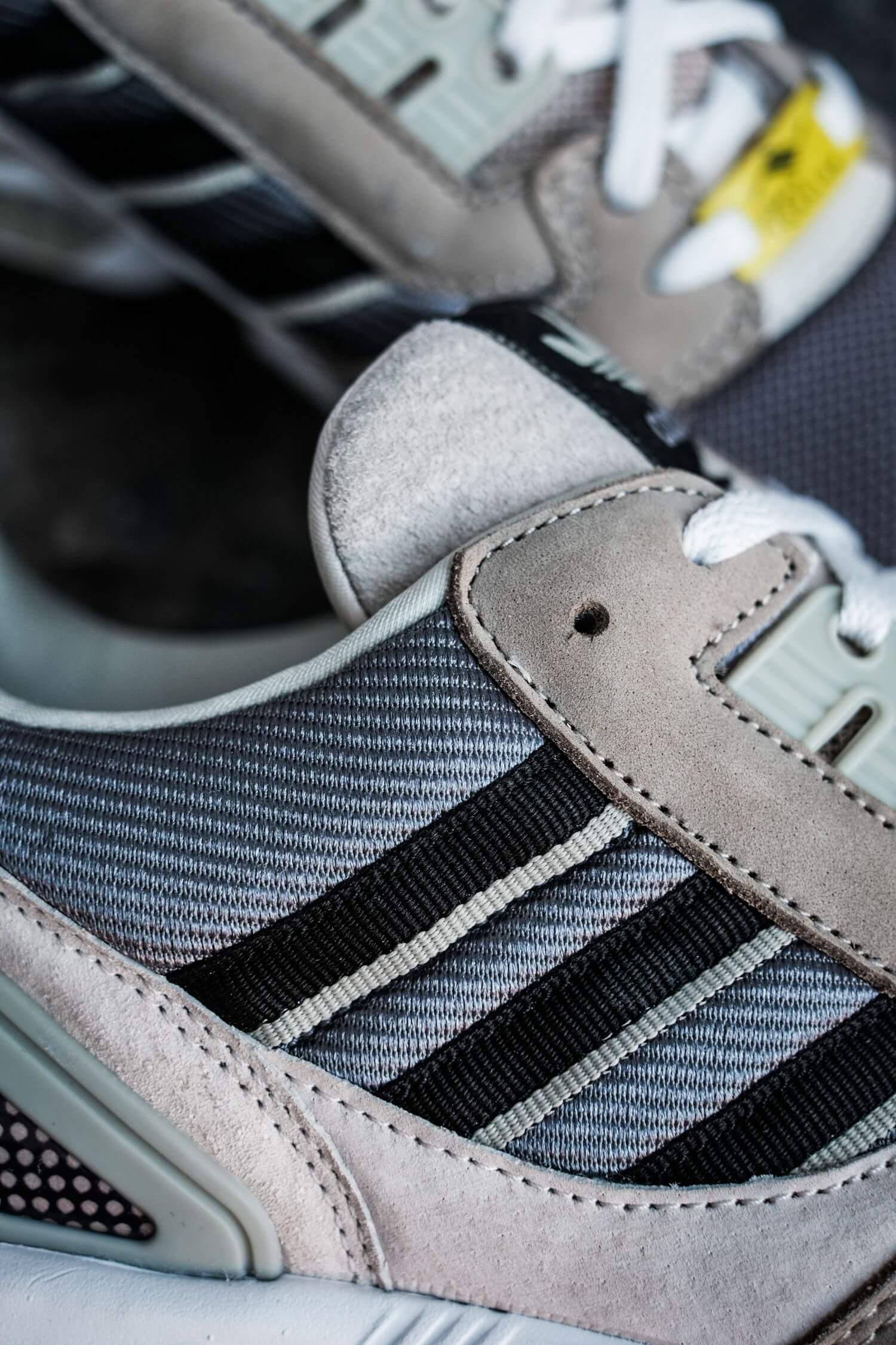 adidas - ZX8000 - feather grey/core black/aluminium - H02124