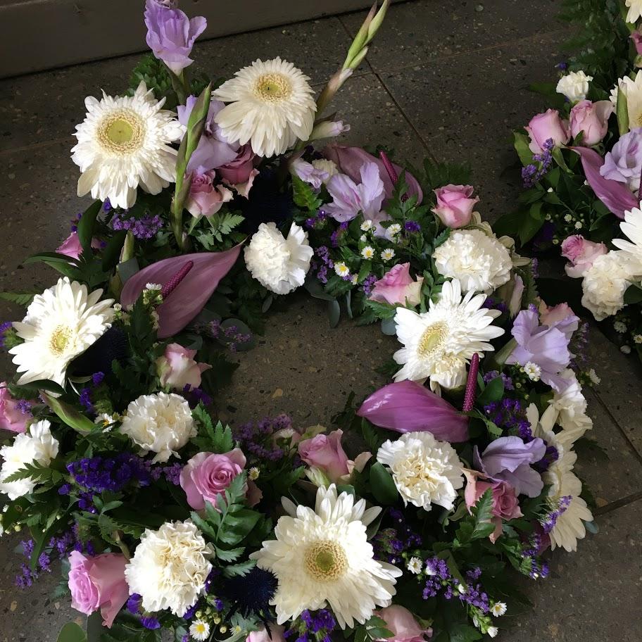 wreath purple and white mix