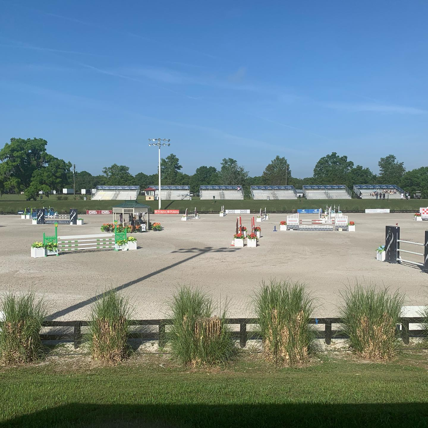 It's great weather for a million dollar Grand Prix ! @hitshorseshows #manewayz #grandprix #showjumping